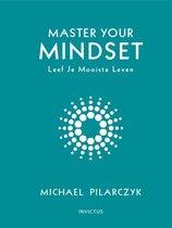 Invictus Library - Boek van Michael Pilarczyk: Master Your Mindset